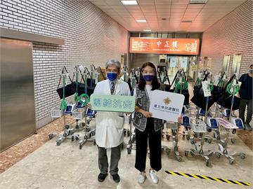 賈永婕曝光捐「救命神器」名單 不只小S、范瑋琪「他」一捐就是110台