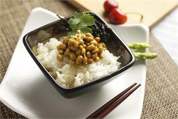 日醫讚「天然的血栓溶解劑」 多多吃納豆防腦中風!