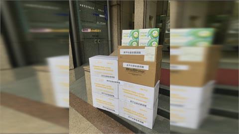 離開內閣團隊仍心繫台灣! 鄭麗君、林佳龍為抗疫募資貢獻心力