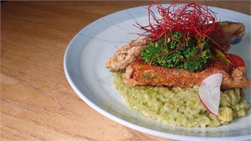 台菜西吃有創意!青醬燉飯結合虱目魚香氣濃郁