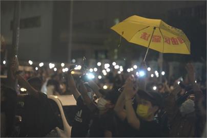 國安法強權下 港醫生組織「杏林覺醒」解散關臉書!港民:香港已走入獨裁