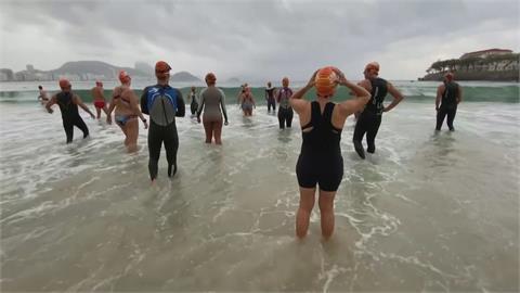 運動可以促進心理健康 巴西推海泳抗疫