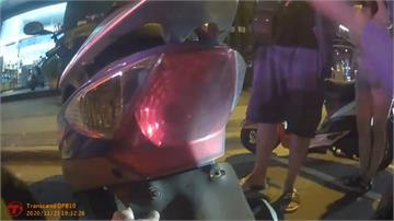 車燈不亮遭吊扣車牌 騎士控警執法過當警:依法執行 檢驗合格及可發還車牌