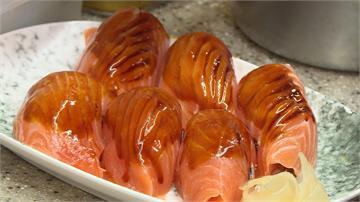 韓國遊客來台必吃!萬華日式料理生魚片比手機大