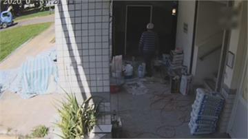 男戴安全帽「偽裝工人」潛入工地偷走價值8千元水平儀「警24小時內逮人」