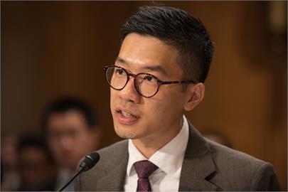 英國政治庇護香港民運人士羅冠聰 將助抵境港人居留求職