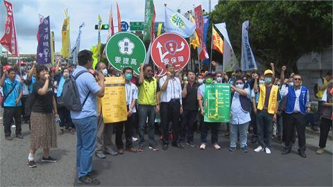 勞動節號召勞工上街!盼解決低薪、改革年金