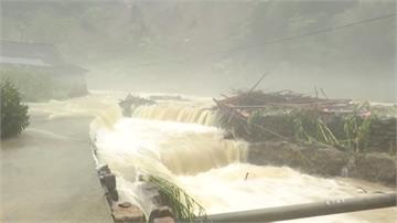 中國三峽出現今年最大洪災 湖北、安徽山洪潰堤
