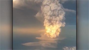菲律賓塔爾火山連噴兩天50萬人撤離!專家:大爆發恐引海嘯