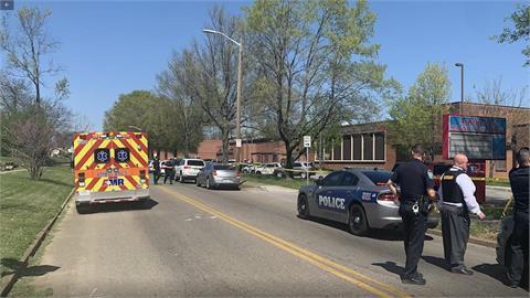 美田納西州一所高中傳槍擊案 擊斃嫌犯 1警受傷