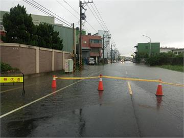 雨炸彰化海線鄉鎮 幾十年沒淹水地方都淹了