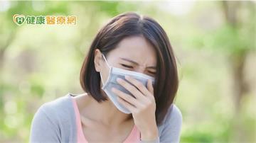 以為久咳不癒是過敏? 它與新冠同時感染 病情恐加劇