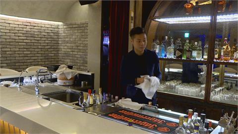 梁佑南兒子餐酒館遭砸店 黑衣人嗆聲「我是竹聯幫的」