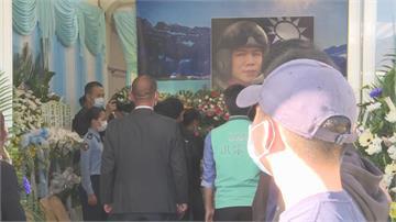 快新聞/飛官朱冠甍殉職 蔡英文弔唁為家屬打氣