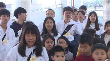 488名大專院校學生志工 返鄉帶小朋友玩營隊遊戲