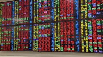 賣壓出籠!台股逼近13900關卡後翻黑 新台幣攻「彭淮南防線」