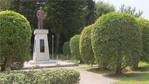 林穎孟批市府移除威權不力!  近百校未拆蔣銅像