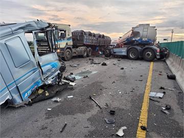 快新聞/台61線南下188K車禍!油罐車車頭斷裂 警車衰被撞