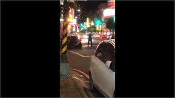 贓車拒攔查衝撞警加速逃 警開7槍逮人