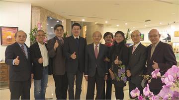 黃石城特助辦畫展 所得捐台灣傳統基金會