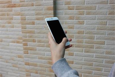 3月手機銷售10年新低 電信商衝5G改推高資費所致