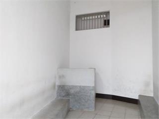 快新聞/男子販毒遭羈押拘留室竟前空翻 頭部受重創急救中