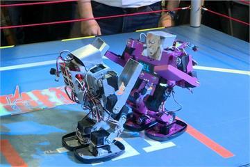 鋼鐵擂台真實版 機器人格鬥大賽熱血登場