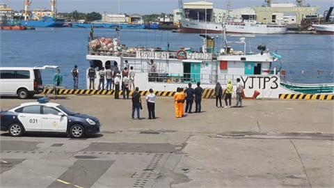 5/12印尼籍漁工猝死 逾三週 漁船11人禁下船