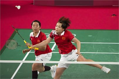 東奧/中國羽球「咆哮女雙」金牌戰敗給印尼!網諷:中國一定銀