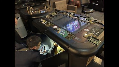 淡水知名電子遊藝場藏賭博電玩 警攻堅逮「老鼠」
