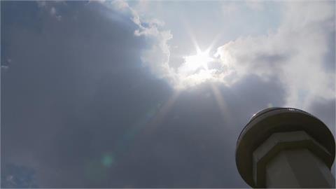 鋒面北移天氣回穩 各地午後仍有局部短暫雷陣雨