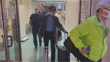 浙江台商感染迷團漸解浦東機場登機前 脫口罩進食