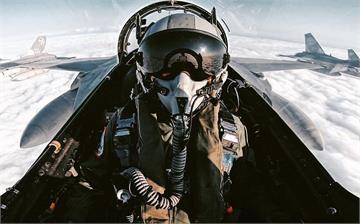 快新聞/打一句有聲音的句子 國防部:中華民國空軍廣播…網友讚「帥氣十足」