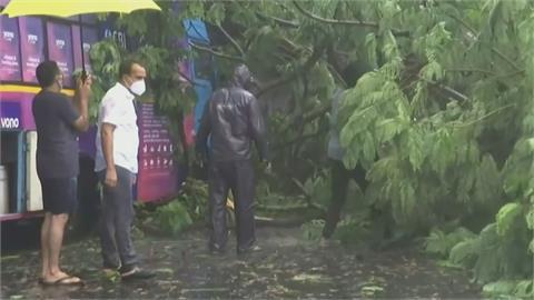 熱帶氣旋「陶特」襲印度釀8死 西岸撤離15萬居民