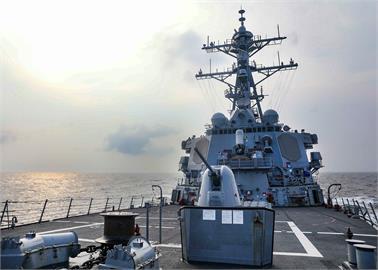 快新聞/美艦通過台灣海峽 中國東部戰區跳腳:美國是台海和平破壞者