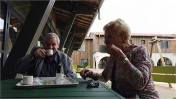 法國「阿茲海默村」  遺忘病患者找回尊嚴