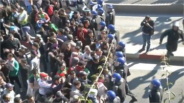 反「萬年總統」拚連任!阿爾及利亞爆警民衝突
