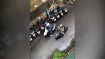 無障礙計程車闖死巷還按喇叭? 業者:司機有苦衷