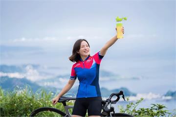 除了水、運動飲料還有個選項 運動前喝「冷泡綠茶」可促進17%的新陳代謝率!