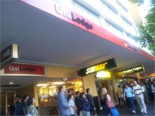 快新聞/澳洲2州今晚起禁止所有非必要活動 餐廳酒吧全關閉