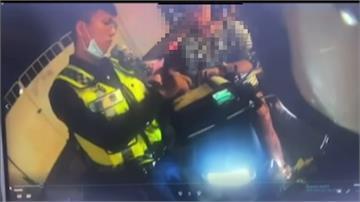 不滿開罰催油門暴衝 女騎士害6歲兒摔車