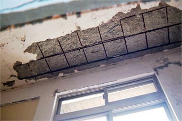 恐怖海砂屋!主臥室天花板崩塌險砸傷