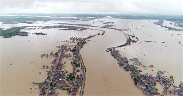 洪峰安全通過武漢 中國水患持續警戒