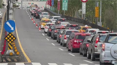 快新聞/疫情趨緩車潮湧現 國5週日恢復北上常態性高乘載管制