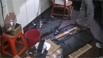工寮藏大量改造長槍 嫌遭逮稱「平時喜歡狩獵」