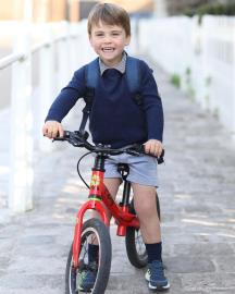 英國路易王子滿3歲 公開媽媽凱特掌鏡萌照