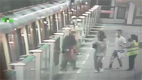 快新聞/疑不滿下車動線被擋住 北捷台電大樓站1男子竟亮刀示威