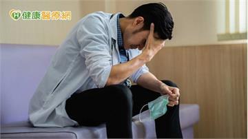突劇烈頭痛、四肢體無力? 當心「硬腦膜下血腫」惹禍
