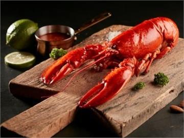 不用改名享好康!王品宣布名字有雅、婷、怡、君 請你「免費吃龍蝦」
