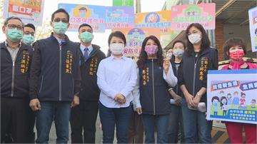 年前視察市場 盧秀燕宣導防疫戴口罩